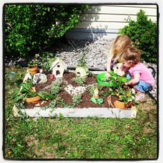 Use an old pallet to make a children's garden, they will never tire of it - #DIYGardenIdeas