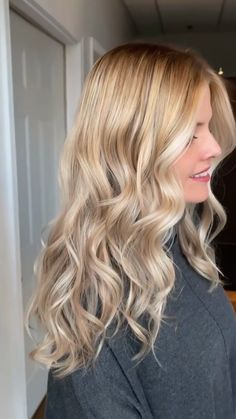 hair lengths for face shape chart Cobra balayage amp; spotlight blend By: itsmrjladner Hair Color Balayage, Blonde Color, Hair Highlights, Ombre Hair, Balayage Hair How To, How To Do Highlights, Diy Balayage At Home, Balayage Diy, Babylights Blonde