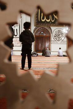 Allah Wallpaper, Islamic Quotes Wallpaper, Islamic Love Quotes, Muslim Quotes, Islamic Inspirational Quotes, Mecca Islam, Muslim Images, Love In Islam, Beautiful Prayers