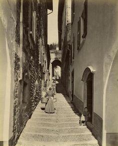 Lake Como - Bellagio - Via del Monastero Italy Street, Turu, Vintage Italy, Lake Como, Vintage Photographs, Homeland, Worlds Largest, 19th Century, Beautiful Places