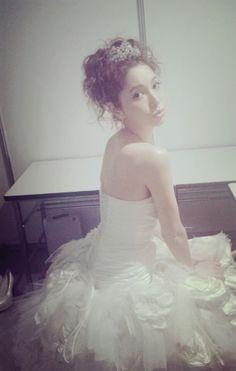 ウェディングドレスの画像 | 藤井リナ オフィシャルブログ「ピコっとティファニーで朝食を。」Powe…