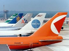Classic shot of 747. Name the airlines?