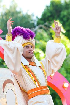 Mickey's Soundsational Parade. Is it bad that I've always had a crush on Aladdin even though he's a cartoon?