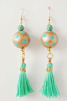 Orecchini  perla legno dipinta a mano oro verde di madebyeleonora su DaWanda.com