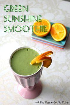 Green Sunshine Smoothie {Green Monster Series}