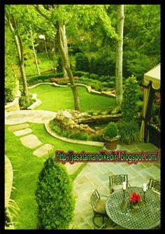50 Backyard Landscaping-Ideen als Inspiration Landscaping Shrubs, Large Backyard Landscaping, Big Backyard, Backyard Patio Designs, Landscaping Ideas, Backyard Ideas, Garden Landscape Design, Landscape Designs, How To Landscape