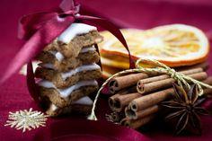 Biscotti con arancia e cannella ideali per la tavola di Natale