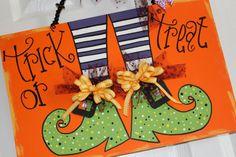 Halloween door sign by Cutipiethis on Etsy, $30.00