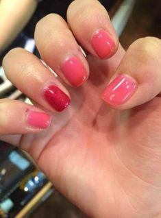 Nails pink shellac ring finger 63 Ideas for 2019 Winter Nails, Spring Nails, Pink Shellac, Pink Ring, Super Nails, Red Glitter, Pink Polka Dots, Cool Nail Art, Ring Finger