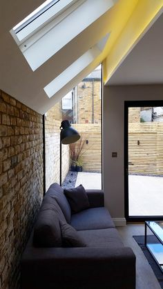 Glass side return and rear extension along with complete renovation to ground floor flat in Fulham, London.