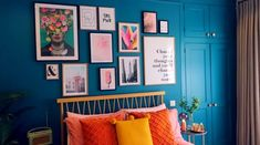Bedroom Design Ideas – Create Your Own Private Sanctuary Guest Bedroom Decor, Guest Bedrooms, Bedroom Colors, Home Bedroom, 70s Bedroom, Bedroom Eyes, Zalfie House, Zoella Bedroom, Bedroom Makeover Before And After