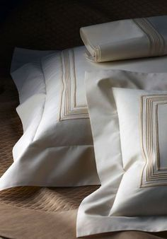 Leron - creators of fine linens Bed Linens Beige Bed Linen, Bed Linen Sets, Linen Pillows, Linen Bedding, Bed Pillows, Cheap Bedding Sets, Best Bedding Sets, Comforter Sets, King Comforter