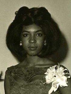 Black Love, Beautiful Black Women, Beautiful People, Diana Ross, Vintage Black Glamour, Vintage Beauty, Music Icon, Soul Music, Mary Wilson