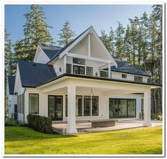 39 most popular dream house exterior design ideas 3 – 2019 - House ideas Farmhouse Style Bedrooms, Modern Farmhouse Exterior, Modern Farmhouse Style, Farmhouse Design, Farmhouse Decor, Back Porch Designs, Patio Grande, Plus Populaire, Inviting Home