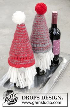Joyous Break - Knitted and felted bottle covers for Christmas in DROPS Eskimo. - Free Knitting pattern by DROPS Design