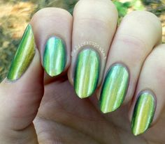 I'm swatching up some China Glaze today! This is Rare & Radiant from the New Bohemian Collection, it's a duochrome that s… Creative Nail Designs, Gel Nail Designs, Creative Nails, Cute Nail Art, Cute Nails, The Art Of Nails, Green Nails, China Glaze, Beauty Nails