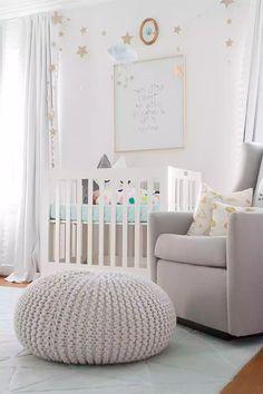 Boho Deco Chic: Rosa, gris, coral y mint en una cuarto de bebé lleno de estilo y buen gusto!