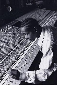 DJ Quik & His Mixboard