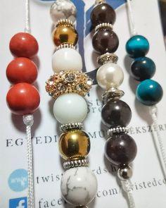 Zsinór és ásvány karkötők nagy választékban a weboldalon Beaded Bracelets, Face, Jewelry, Fashion, Moda, Jewlery, Bijoux, Fashion Styles, Pearl Bracelets