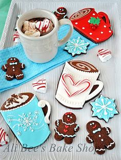 Hot-cocoa Christmas cookie designs, from Ali Bee's Bake Shop. Cocoa Cookies, Iced Cookies, Cookies Et Biscuits, Sugar Cookies, Coffee Cookies, Best Holiday Cookies, Cupcake Cookies, Christmas Cookies, Gingerbread Cookies