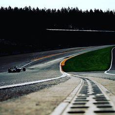 Iconic. #EauRouge. 😍 #Mercedes #AMG #F1 #MercedesAMGF1 #BelgianGP #Spa #SpaFrancorchamps #Motorsport #Cars 📸 x Wilhelm