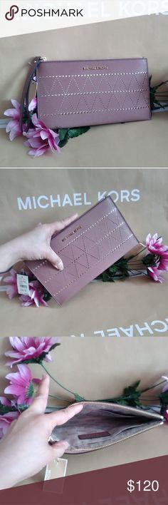 Spotted while shopping on Poshmark: NWT Michael kors wristlet! #poshmark #fashion #shopping #style #Michael Kors #Handbags