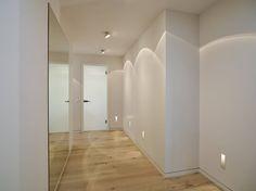 Corredores, halls e escadas Moderno por honey and spice