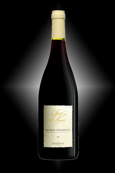 Saumur Champigny Secrets des Vignes - Cabernet franc - This is a selection of old vines with low yields, thereby producing rich and well-concentrated grapes. Its refined and velvety tannins will produce a great age-worthy wine. 6 months in barrels. Laying down wine.