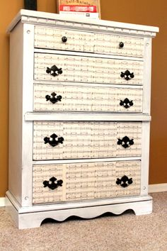 Music printed drawers!  I bet my sister would LOVE this!