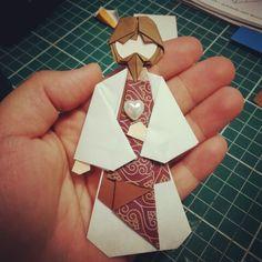 Jesus em Origami arte: Isadora Rocha https://m.facebook.com/isasorigami/