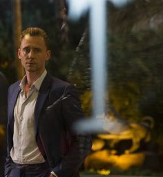 "Tom Hiddleston as Jonathan Pine in ""The Night Manager"" From http://www.tomhiddleston.us/gallery/thumbnails.php?album=661"