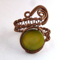 Wire wrapped jewelry handmade / Boho ring / wire jewelry / earthy jewelry / copper jewelry / olive green mother of pearl