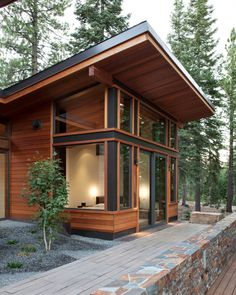 86 Modern Shed Design Looks Luxury to Complement Your Home ? 86 Modern Shed Design Looks Luxury to Complement. Chalet Modern, Small Modern Cabin, Modern Shed, Modern Cabins, Tiny House Cabin, Tiny House Plans, Cabin Homes, Tiny Homes, Shed Design