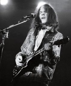 Neil Young, 1976