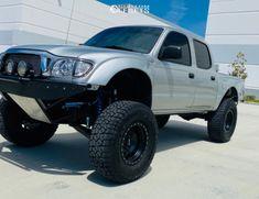 2004 Toyota Tacoma 17x8 -12mm Method Double Standard