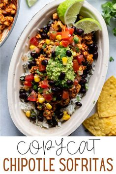 This Chipotle Sofritas Recipe (Copycat) is simple to make at home and tastes SO MUCH like the original! Great for leftovers too. Chipotle Copycat Recipes, Homemade Chipotle, Homemade Guacamole, Chipotle Veggie Bowl, Guacamole Recipe, Mexican Food Recipes, Vegetarian Recipes, Cooking Recipes, Kitchen