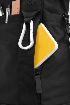 Bluelounge Laptop Tote Bag for MacBook Pro - Black – BrandsWalk Laptop Tote Bag, Global Design, Macbook Pro 13, Men Bags, Gifts, Shopping, Black, Products, Special Gifts