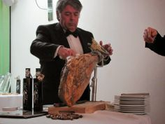 COMIDINHAS E OUTRAS GOSTOSURAS: Adega Base realiza degustação de produtos e vinhos...