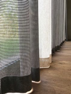 Bedroom Blinds, Curtains Living, Curtains With Blinds, Drapes Curtains, Curtain Inspiration, Home Decor Inspiration, Home Living Room, Living Room Designs, Made To Measure Curtains