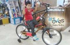 And look how we are getting amazed to see kids riders learning cycling from younger age. ..Wuhoooo!! Congratulations young champ on your all new super Suncross SuperKid !! An ultimate choice for any baby !! #22bikes #kidsbike #child #kidscycle #kidscycling #cycling #cycle #bicycling #bicyclestore #kidscyclist #kidsrider http://www.butimag.com/kidsbike/post/1467497406328498777_1908294772/?code=BRdmR2tBGpZ