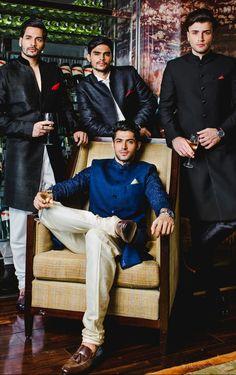dad sherwani with cream colored pants Wedding Dress Men, Indian Wedding Outfits, Wedding Men, Wedding Groom, Wedding Suits, Indian Weddings, Farm Wedding, Wedding Couples, Boho Wedding