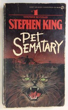 Pet Sematary by Stephen King so scary.last Stephen King book I read. Stephen King It, Stephen King Movies, Steven King, Best Horror Movies, Horror Movie Posters, Horror Books, Scary Movies, Horror Fiction, Pet Sematary
