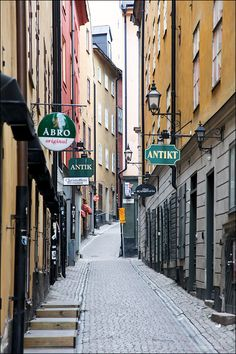 Gamle stan, Stockholm Serbia And Montenegro, Norway Travel, A Whole New World, Stockholm Sweden, Vacation Trips, Denmark, Places To See, Scenery, Stockholm Syndrome