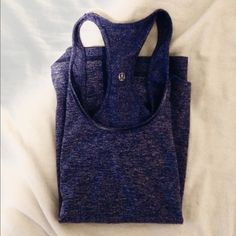 Workout tank Stretchy and soft material :) lightly worn Tops Tank Tops