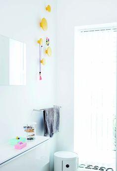 Muuto / The Dots in yellow / Bathroom