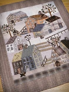 Beautiful house quilt in taupe House Quilt Patterns, House Quilt Block, Quilt Blocks, Patch Quilt, Applique Quilts, Wool Applique, Small Quilts, Mini Quilts, Landscape Art Quilts