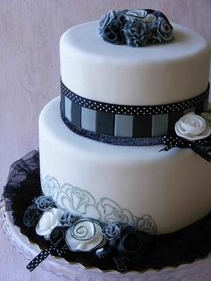 Black and white cake | Happy 2 Bday, Stella! The cake looks … | Flickr