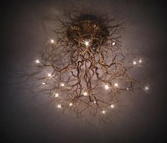 Roots large, ceiling lamp made by hand in tin threads. Racines grand, plafonnier fait à la main en fils d'étain. Roots large, ceiling lamp made by hand in tin threads. Branch Chandelier, Ceiling Chandelier, Chandelier Ideas, Branch Decor, Wall Decor, Decoration Shabby, Decorations, Diy Lampe, Deco Luminaire