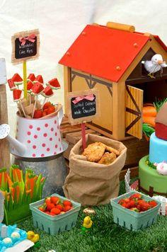 Farm + Barnyard themed birthday party via Kara' s Party Ideas KarasPartyIdeas.com Recipes, cakes, printables, games, favors, and MORE! #farmparty #karaspartyideas (16)