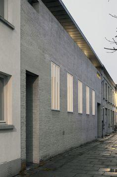 subtilitas: Marie-José Van Hee Architecten - House Van Hee...   subtilitas:  Marie-José Van Hee Architecten - House Van Hee Ghent 1990. Via 2 photos  David Grandorge.  Keep reading